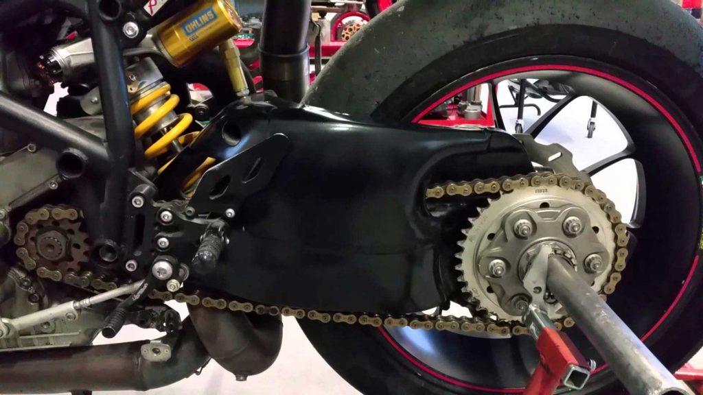 Ducati Superbike kit longer race swingarm
