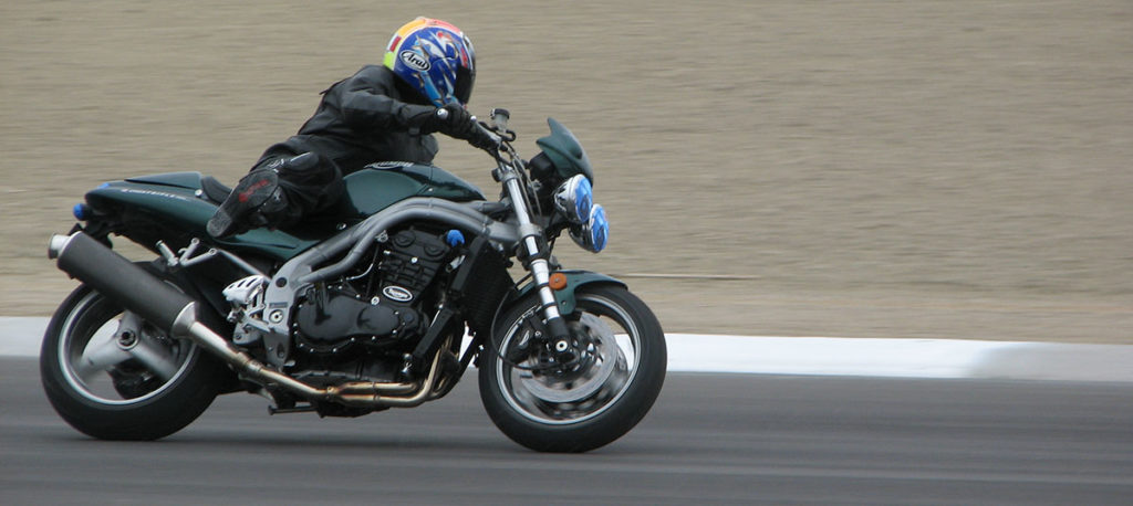 Triumph Speed Triple 955i track day